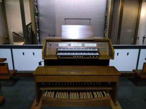 Ahlborn-Orgel-St-Benedikt